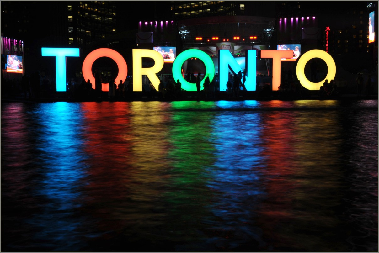 Light Up Letters Canada